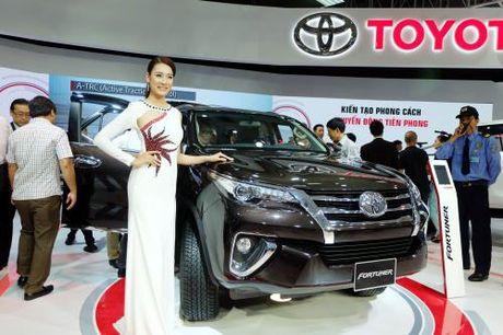 Suc tieu thu Lexus tang gan 170% cho du thue tang - Anh 2