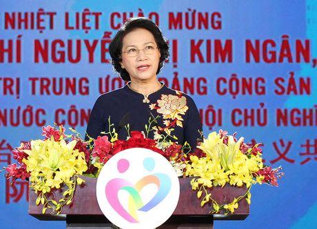 Ky vong thanh nien vun boi tinh huu nghi Viet – Trung - Anh 2