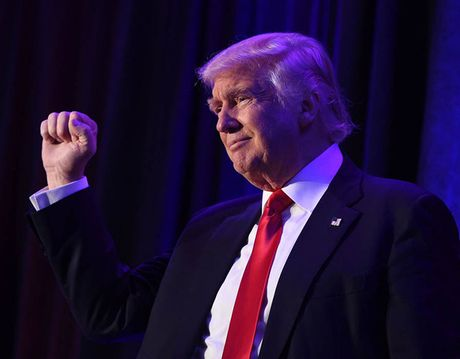 Tieu su tan Tong thong My: Donald Trump tung lam MC truyen hinh - Anh 1