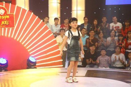 Choc Tran Thanh cuoi, be gai 6 tuoi 'am' 40 trieu dong - Anh 1