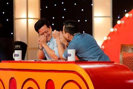 Choc Tran Thanh cuoi, be gai 6 tuoi 'am' 40 trieu dong - Anh 2