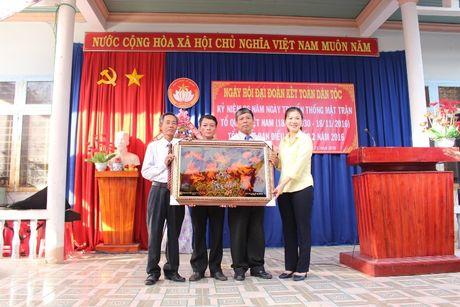 Pho Chu tich Truong Thi Ngoc Anh du Ngay hoi Dai doan ket toan dan toc tai Binh Phuoc - Anh 4