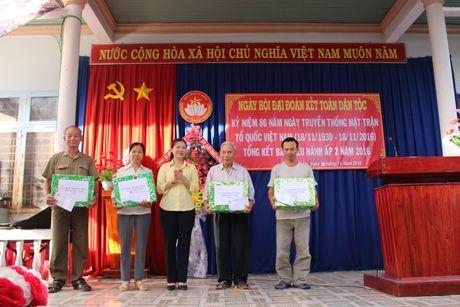 Pho Chu tich Truong Thi Ngoc Anh du Ngay hoi Dai doan ket toan dan toc tai Binh Phuoc - Anh 5