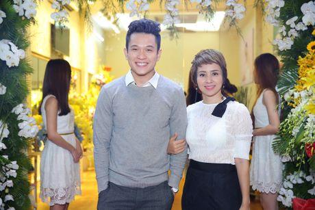 Thuy Hien di su kien cung Ngoc Khanh V-music - Anh 1