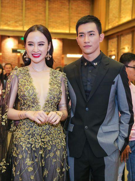 Angela Phuong Trinh mac goi cam sanh vai ben Vo Canh - Anh 3