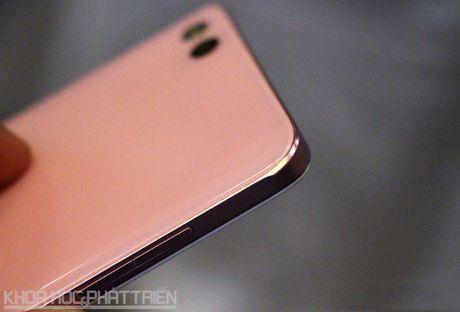Can canh smartphone Nhat chuyen selfie, RAM 3 GB, thiet ke dep - Anh 12