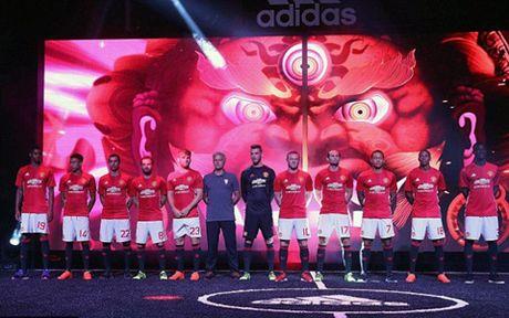 Man United va Pogba: Khi Gia tri thuong hieu quan trong hon viec ban ao - Anh 3