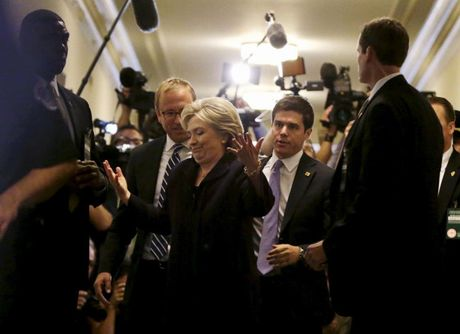 Nhung 'cung bac cam xuc' cua Hillary Clinton trong chien dich tranh cu - Anh 10