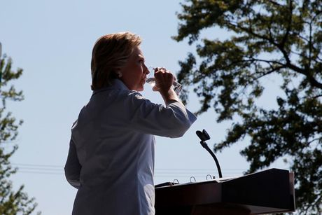 Nhung 'cung bac cam xuc' cua Hillary Clinton trong chien dich tranh cu - Anh 8