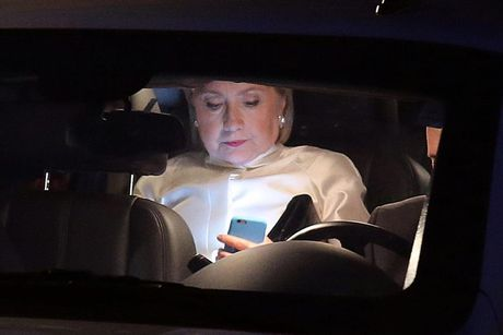 Nhung 'cung bac cam xuc' cua Hillary Clinton trong chien dich tranh cu - Anh 9