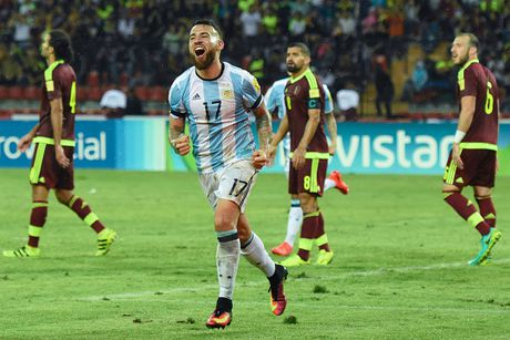 Doi hinh du kien giup Argentina chong lai suc manh cua Brazil - Anh 3
