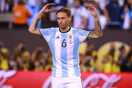 Doi hinh du kien giup Argentina chong lai suc manh cua Brazil - Anh 7
