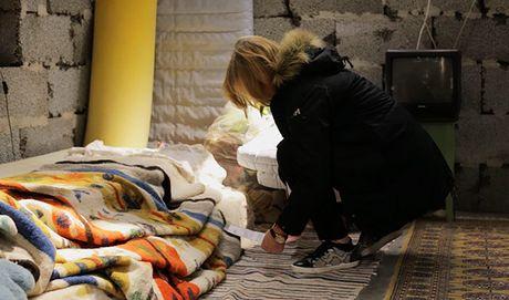 'Ngoi nha Syria' giua cua hang IKEA khien nhieu nguoi suy ngam - Anh 2