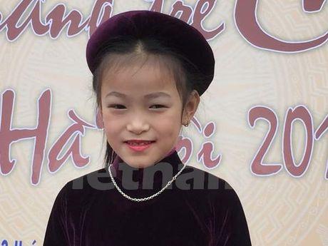 Co be 7 tuoi 'gay sot' tai Lien hoan Tai nang tre Ca tru Ha Noi - Anh 1