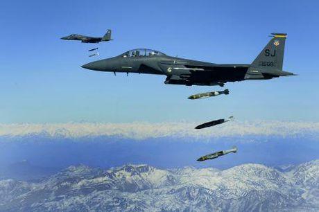 No luc danh bai J-10 cua may bay My - Anh 1