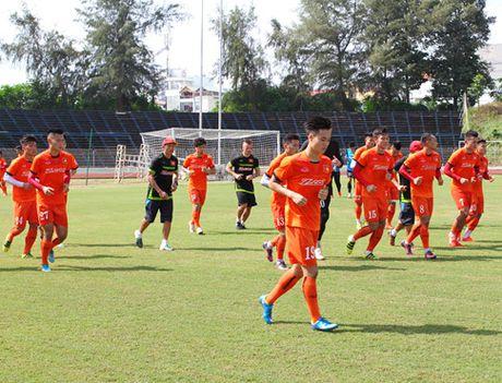 DT Viet Nam 'tap ban' truoc tran gap Avispa Fukuoka FC - Anh 1