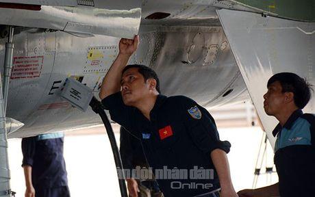 Suc manh dang gom tiem kich Su-27 cua Viet Nam - Anh 10