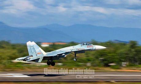Suc manh dang gom tiem kich Su-27 cua Viet Nam - Anh 14