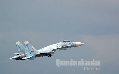 Suc manh dang gom tiem kich Su-27 cua Viet Nam - Anh 16