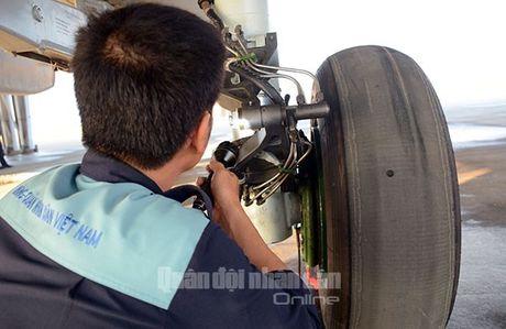 Suc manh dang gom tiem kich Su-27 cua Viet Nam - Anh 4