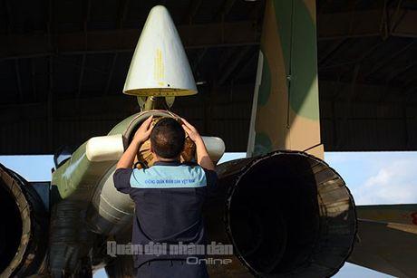 Suc manh dang gom tiem kich Su-27 cua Viet Nam - Anh 7