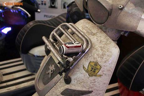 'Phuot' xe tay ga Peugeot 70 trieu tu Phap den Viet Nam - Anh 13