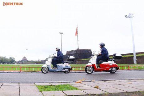 'Phuot' xe tay ga Peugeot 70 trieu tu Phap den Viet Nam - Anh 7