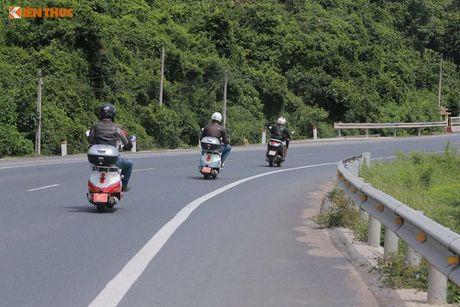 'Phuot' xe tay ga Peugeot 70 trieu tu Phap den Viet Nam - Anh 8