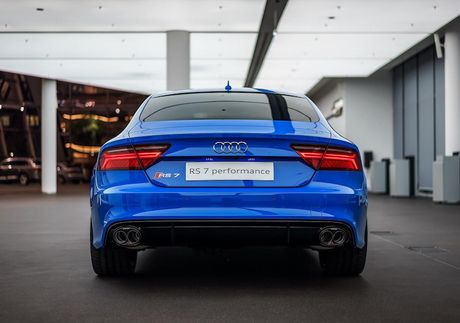 Audi RS7 Sportback sieu doc voi 'ao xanh' Porsche - Anh 6
