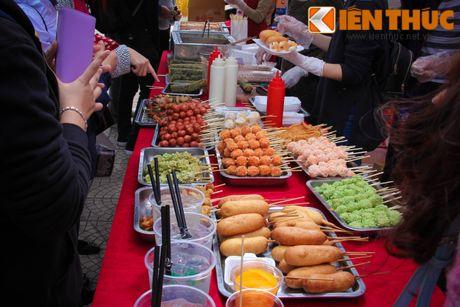 Mon ngon kho cuong tai le hoi am thuc Viet - Han - Anh 1