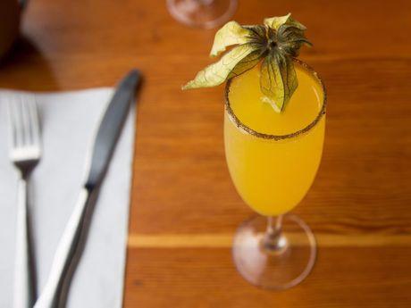 9 loai cocktail co dien noi tieng hang dau the gioi - Anh 2