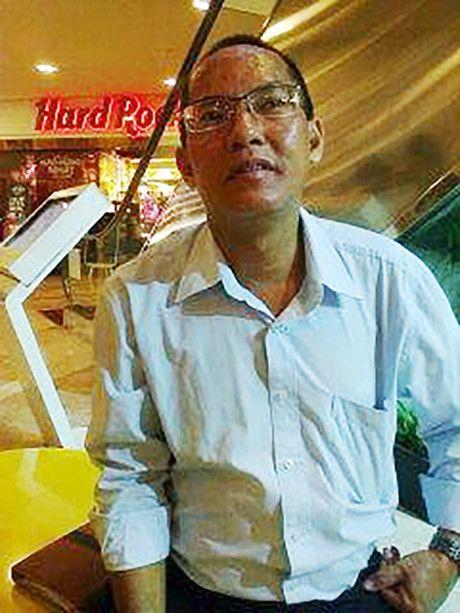 Chan tuong cua nguoi dan ong gia danh nha bao o TP HCM - Anh 1