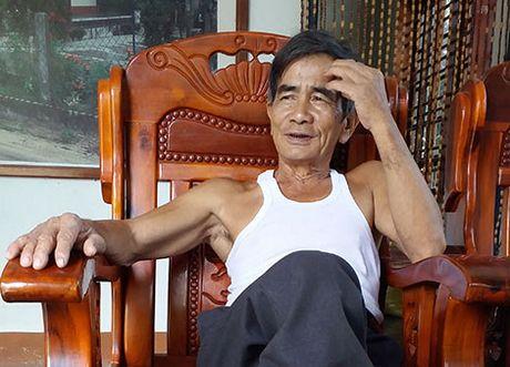 Khoi go ky la duoi day gieng co o Binh Dinh - Anh 4