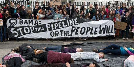 Obama bac bo, Donald Trump du tinh hoi sinh du an dau mo Keystone XL Pipeline - Anh 1