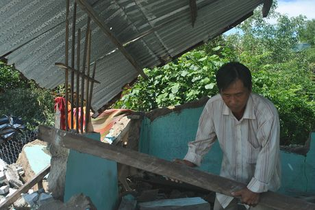 Cam dong tinh nguoi trong ron lu Phuoc Thuan - Anh 2