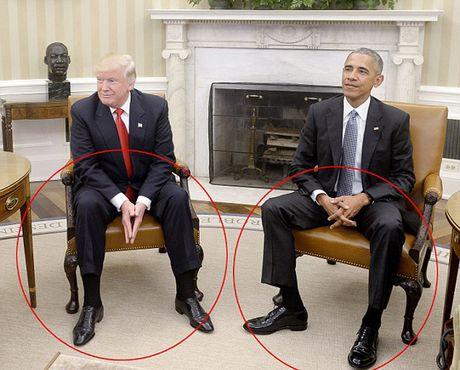Nhin cu chi, doan tam trang Tong thong Obama va ong Trump - Anh 1