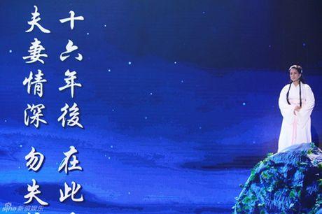 """43 tuoi, Ly Nhuoc Dong lai mot lan nua lam """"Tieu Long Nu"""" - Anh 1"""