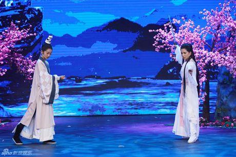 """43 tuoi, Ly Nhuoc Dong lai mot lan nua lam """"Tieu Long Nu"""" - Anh 6"""