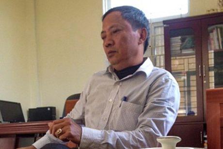 Bim Son, Thanh Hoa: Chu tich phuong, xa co ho so, bang cap 'venh nhau' - Anh 1