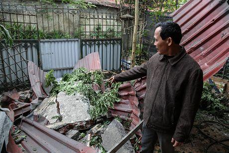 Hien truong tan hoang sau vu no lo hoi lam 8 nguoi thuong vong - Anh 16