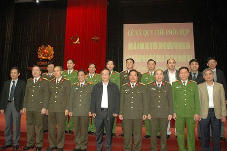 Cong an Ha Noi phoi hop cung Cong an 8 tinh trong dam bao ANTT duong thuy - Anh 2