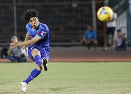 """Van Toan du doan Cong Phuong """"bung no"""" o AFF Cup - Anh 2"""