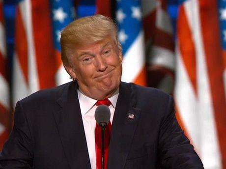 Duc de nghi ong Donald Trump chon Nga hoac NATO - Anh 1
