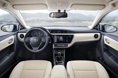 Toyota Corolla Altis 2017 da co gia tai Dong Nam A - Anh 3