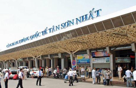 San bay Tan Son Nhat ap dung phuong thuc dan duong bay moi - Anh 1