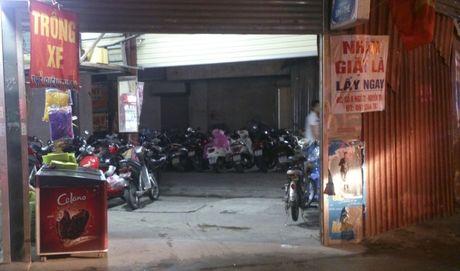 Xu ly diem trong xe trai phep o phuong Thuong Dinh - Anh 1