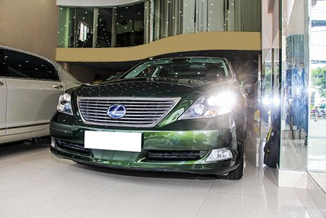 Lexus LS600hL con 3 ty dong sau 6 nam - Anh 1