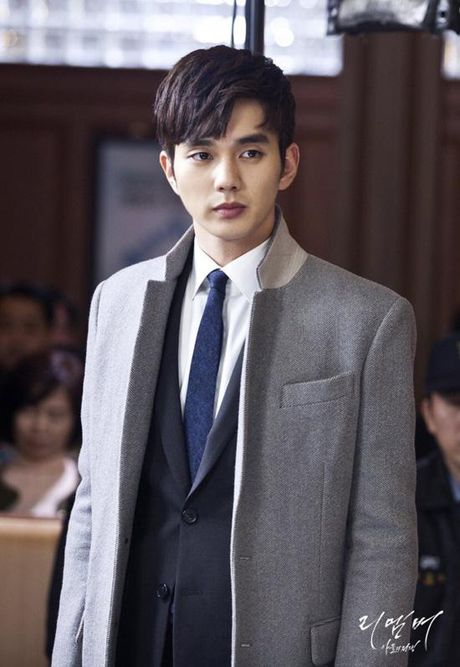 Sao nu 17 tuoi Kim So Hyun ket doi cung 'em trai quoc dan' Yoo Seung Ho - Anh 10