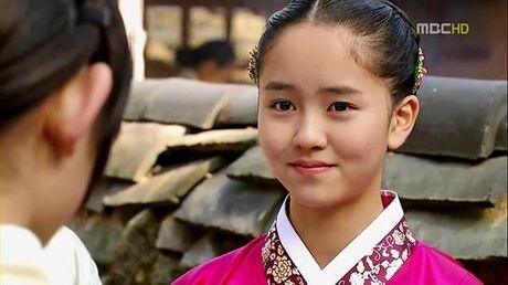 Sao nu 17 tuoi Kim So Hyun ket doi cung 'em trai quoc dan' Yoo Seung Ho - Anh 2