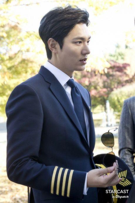 Lee Min Ho lai thanh nam than 'khong goc chet' nho giam can thanh cong - Anh 11